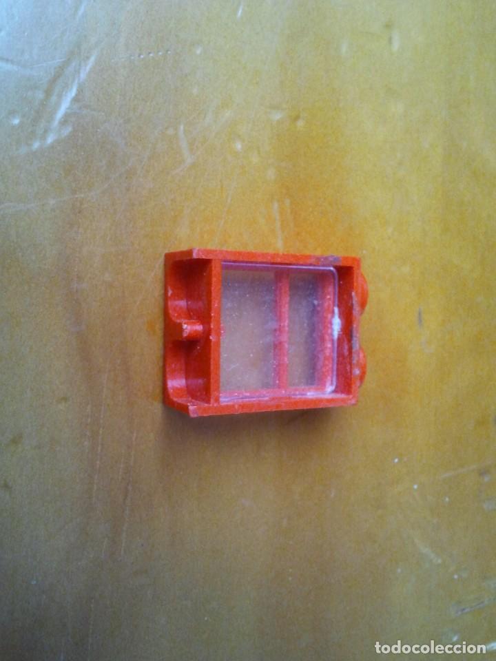 Juegos construcción - Tente: Ventana TENTE conectores 2x1 pin. Color rojo. - Foto 2 - 223288162