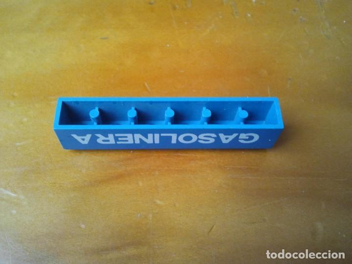 Juegos construcción - Tente: TENTE pieza letrero de Gasolinera en color azul con 6x1 pin. Serigrafiada en letras blancas. - Foto 3 - 223597631