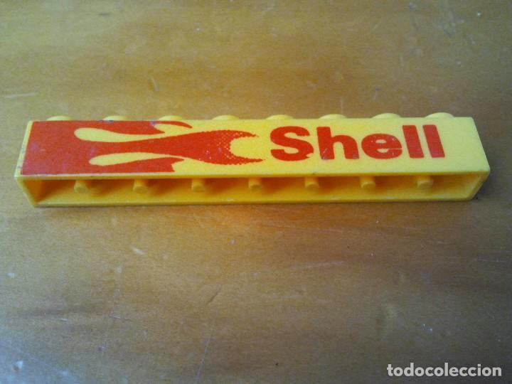 Juegos construcción - Tente: Pieza TENTE serigrafiada a dos caras Shell. Color amarillo y letras rojas. Conector 8x1. - Foto 3 - 223829213