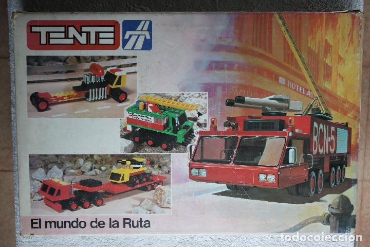 TENTE 0553 EL MUNDO DE LA RUTA - LOTE - PIEZAS VARIADAS (Juguetes - Construcción - Tente)