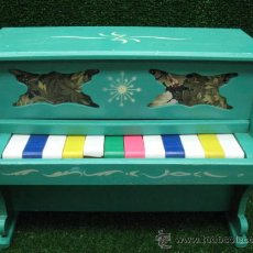 Juegos educativos: PRECIOSO PIANO ANTIQUISIMO CON SONIDO . Lote 26832483