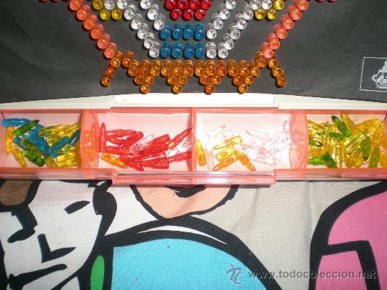 Juegos educativos: JUEGO LITEBRITE CON CLAVIJAS QUE SE ILUMINAN DE MB DESCATALOGADO AÑOS 70/80 - Foto 2 - 31739484
