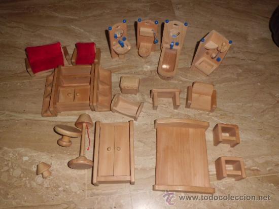 Beeboo lote de mobiliario para casa de mu ecas comprar for Juego comedor terraza madera