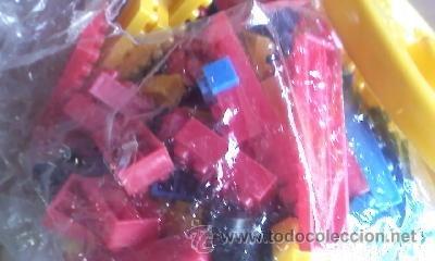 Juegos educativos: Antiguo cubo con bloques de Julio Cepeda. 168 piezas Años 80 - Foto 2 - 41730464