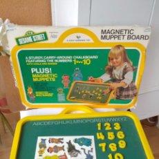 Juegos educativos: ANTIGUA PIZARRA MAGNETICA SESAME STREET AMERICANA AÑOS 80. Lote 162690980