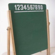 Juegos educativos: PIZARRA INFANTIL CON SOPORTE DE MADERA REGULABLE , AÑOS 70 , SIN USO A ESTRENAR. Lote 50633999
