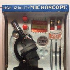 Juegos educativos: SET MICROSCOPIO AÑOS 70. JUGUETE MIGHTY MICROSCOPE. 300X TRIPLE TESTED.. Lote 53369242