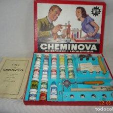 Juegos educativos: ANTIGUA CAJA CHEMINOVA Nº 4 UN PEQUEÑO LABORATORIO - AÑO 1950S.. Lote 121892519
