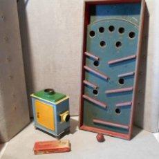 Juegos educativos: LOT DE 2 JOUETS ANCIEN / LAMPE MAGIQUE ET SES PLAQUES / FLIPPER A MAIN AVEC BILLE EN BOIS. Lote 122027455