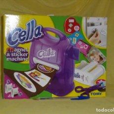 Juegos educativos: CELLA MAGNET Y STICKER MACHINE DE TOMY, MAGNÉTICO IMANES Y PEGATINAS, AÑO 2006, NUEVO SIN ABRIR.. Lote 153640982