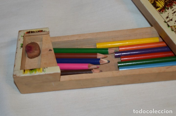 Juegos educativos: Antiguo plumier, tipo cajita de madera, Zaragoza / Virgen Del PILAR, años 50/60 ¡Mira detalles! - Foto 3 - 178666561