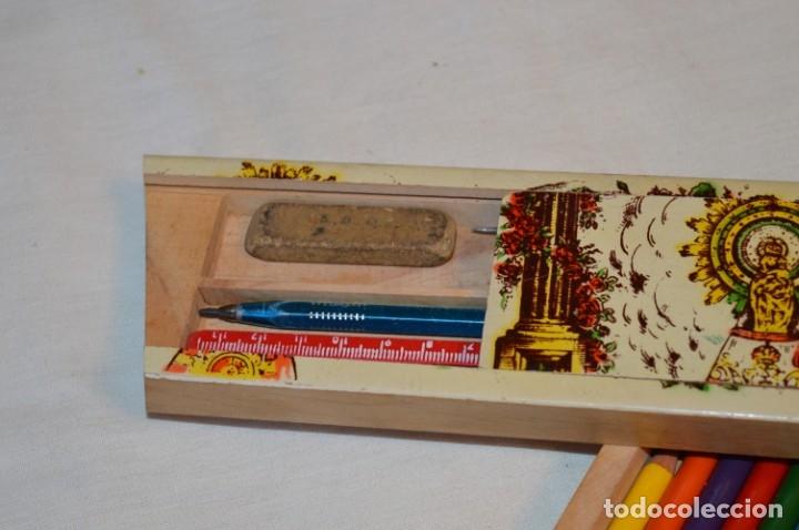 Juegos educativos: Antiguo plumier, tipo cajita de madera, Zaragoza / Virgen Del PILAR, años 50/60 ¡Mira detalles! - Foto 4 - 178666561