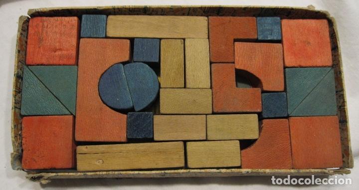 Juegos educativos: ANTIGUO JUEGO DE CONSTRUCCIÓN. LE PETIT ARCHITECTE. MADERA PINTADA. CAJA 2 X 19 X 10 CM - Foto 5 - 182304618