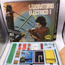 Juegos educativos: JUEGO MESA ANTIGUO LABORATORIO ELÉCTRICO CROCKER. Lote 194152778
