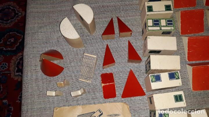 Juegos educativos: antiguo juego de arquitectura geometrica en madera años 50. batir par elements geometriques - Foto 6 - 194693818