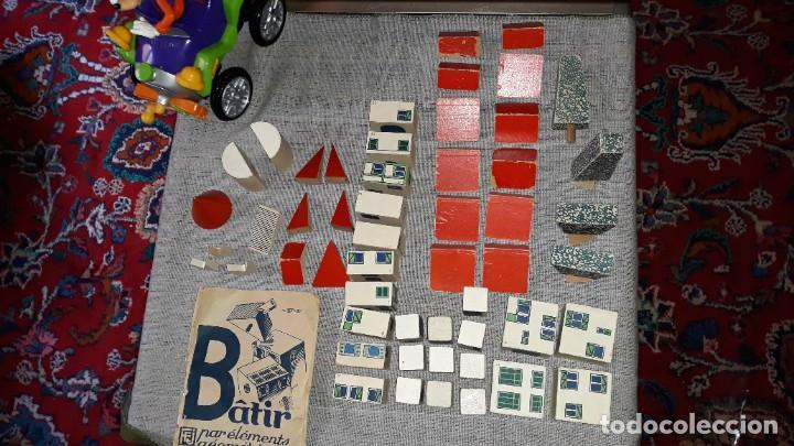 Juegos educativos: antiguo juego de arquitectura geometrica en madera años 50. batir par elements geometriques - Foto 13 - 194693818