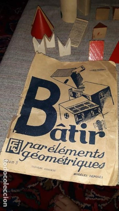 Juegos educativos: antiguo juego de arquitectura geometrica en madera años 50. batir par elements geometriques - Foto 14 - 194693818