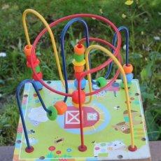 Juegos educativos: CUBO DE ACTIVIDADES, MADERA, PARA NIÑOS PEQUEÑOS. BUEN ESTADO. Lote 198974802