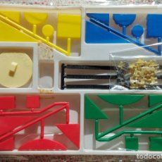 Juegos educativos: CONSTRUCCION KIT COLOR. PIQUE AÑOS 80. Lote 224604452