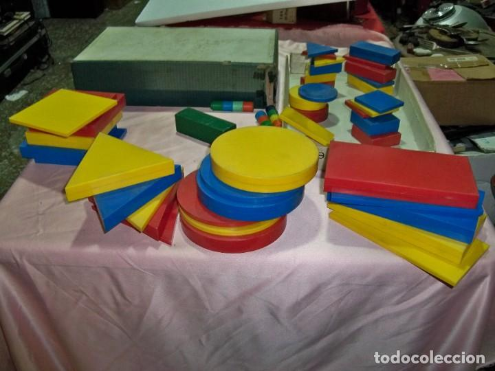 ANTIGUO JUEGO BLOQUES LOGICOS , TEIDE , DE ENOSA , MADE IN SPAIN (Juguetes - Juegos - Educativos)