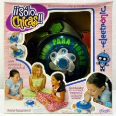 Juegos educativos: JUEGO ¡¡SÓLO CHICAS!! DE FAMOSA VERDAD O ATREVIMIENTO. Lote 262945170