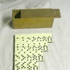Jogos de mesa: DOMINÓ COMPLETO (DE LOS DE TODA LA VIDA DE LOS BARES) PIEZAS DE PASTA DE BAQUELITA, EN .. Lote 27525053
