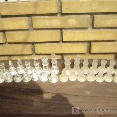 Juegos de mesa: PIEZAS DE AJEDREZ EN CRISTAL. Lote 7882544