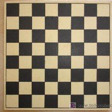 Juegos de mesa: DAMERO PARA DAMAS/AJEDREZ. MIDE 20 X 20 CM. Lote 7916961