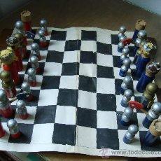 Juegos de mesa: AJEDREZ INFANTIL -PINTADO A MANO-. Lote 26603172