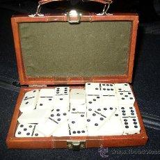 Juegos de mesa: PRECIOSO DOMINO PRESENTADO EN ESTUCHE SIMIL PIEL. Lote 24579386