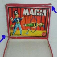 Juegos de mesa: ANTIGUA CAJA DE MAGIA Nº 1 - CON LITOGRAFIA FIRMADA POR SABATES - CAJA VACIA, LA TAPA TIENE DESPERFE. Lote 113735136