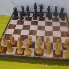 Juegos de mesa: F-AJEDREZ DE TABLA Y FIGURAS DE MADERA. Lote 32014640