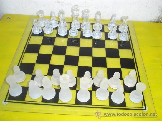B-B JUEGO DE AJEDREZ CRISTAL (Juguetes - Juegos - Juegos de Mesa)