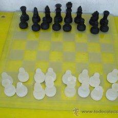 Juegos de mesa: JUEGO DE AJEDREZ DE CRISTAL. Lote 32079432