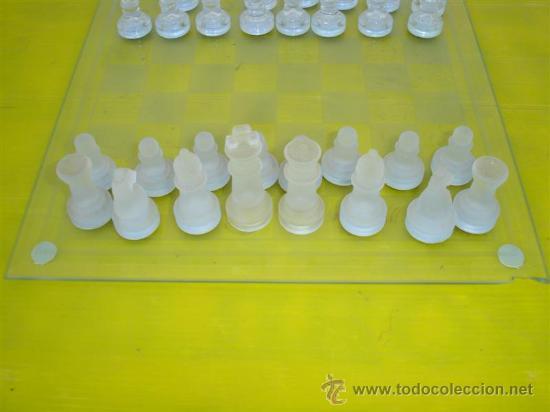 Juegos de mesa: juego de ajedrez de cristal - Foto 3 - 32079460