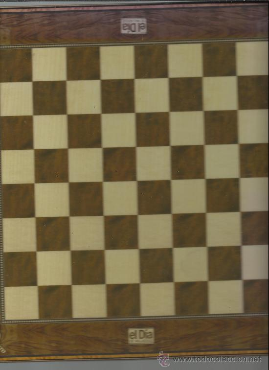 Juegos de mesa: AJEDREZ DE PERSONAJES DE VALLADOLID CON TABLERO COMPLETO EN LA FOTO FALTAN DOS PIEZAS PERO ESTA COMP - Foto 2 - 32773594