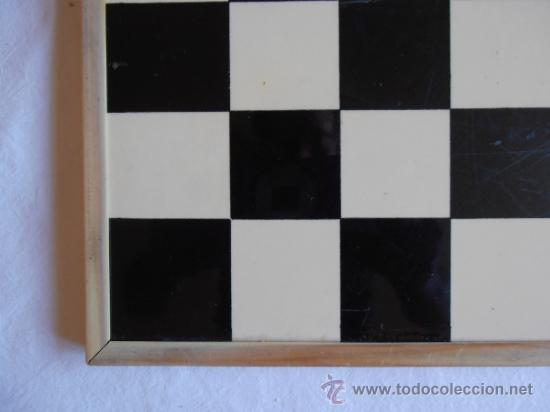 Juegos de mesa: PARCHIS AJEDREZ TABLERO CLASICO AÑOS 80 - Foto 6 - 33106117