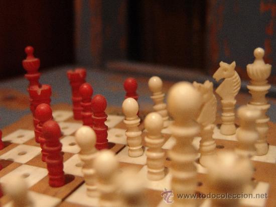 Juegos de mesa: ANTIGUO AJEDREZ DE VIAJE CON PIEZAS DE MARFIL - Foto 3 - 34245050