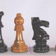 Juegos de mesa: JUEGO DE PIEZAS DE AJEDREZ DE MADERA DE OLIVO STAUNTON FSO-5. COLOR NATURAL Y TEÑIDO NEGRO. Lote 34534296