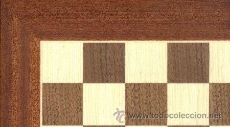 TABLERO POPULAR DE AJEDREZ DE MADERA TPB-0 ACABADO MATE 35X350X12 MM. (Juguetes - Juegos - Juegos de Mesa)