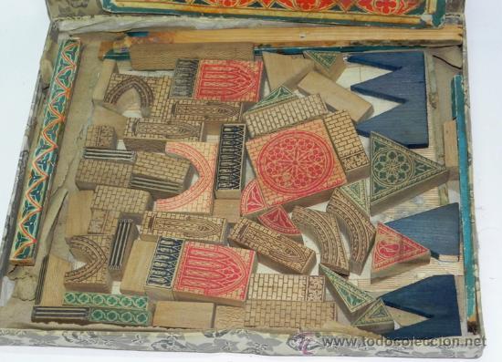 Juegos de mesa: ANTIGUO JUEGO CLASSIC ARCHITECTURE - JUEGO DE BLOQUES DE MADERA MACIZA INGLÉS - AÑOS 20 - JUEGO CON - Foto 2 - 35891405