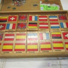 Juegos de mesa: JUEGO DE DOMINÓ CON FICHAS DE MADERA CON BANDERAS DE PAÍSES. 28 FICHAS.TAMAÑO FICHA: 3 X 7 CMS.. Lote 106706124