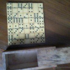 Juegos de mesa: MINI DOMINO AMARILLO CENTENARIO. Lote 44000169