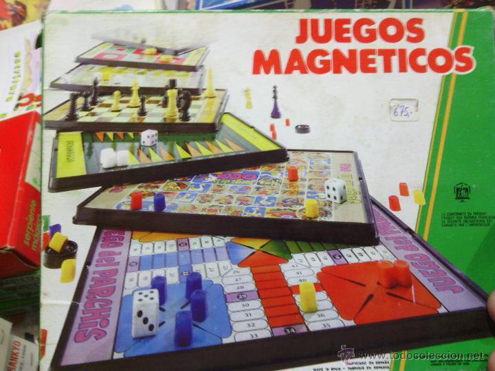Juegos de mesa: Juego Magnético Carrera Coches coleccionables CHICOS - Foto 2 - 44196114
