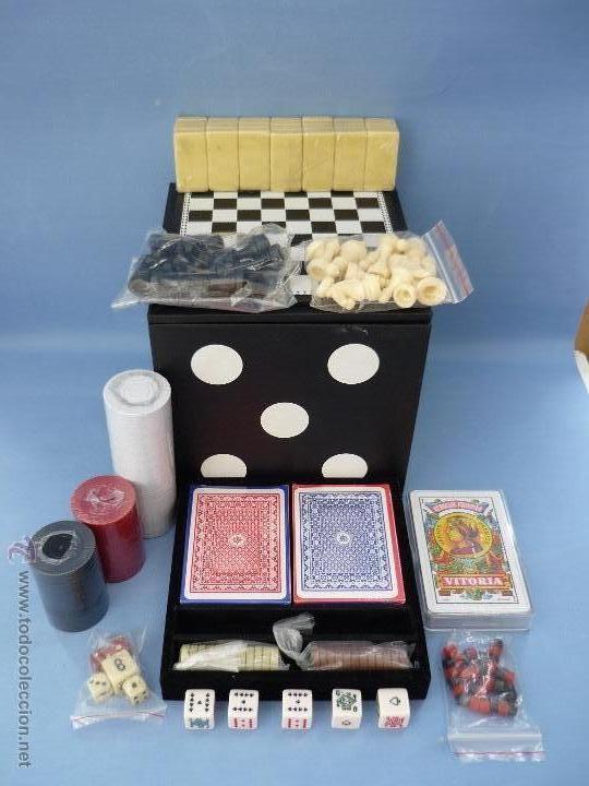 Caja En Forma De Dado Con Varios Juegos De Mesa Comprar Juegos De