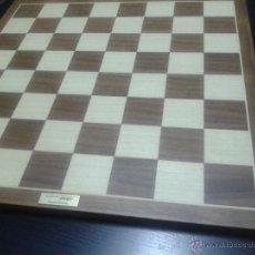 Juegos de mesa: TABLERO DE AJEDREZ FOURNIER 40X40 CM.. Lote 48495115