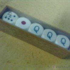 Juegos de mesa: CINCO DADOS POKER EN CAJA PLASTICO. Lote 49249937