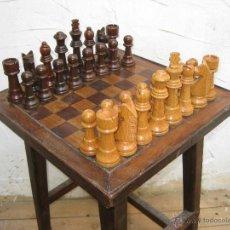 Juegos de mesa: EXCEPCIONAL LOTE LUJO ENORMES FIGURAS AJEDREZ REY 15CM VINTAGE MADERA ANTIGUAS. Lote 49874364