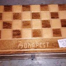 Juegos de mesa: AJEDREZ DE VIAJE, BUDAPEST, COMPLETO. Lote 50398825