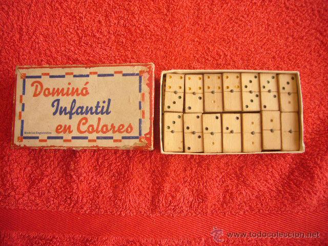 antiguo domino infantil en colores fichas de madera juguetes juegos juegos